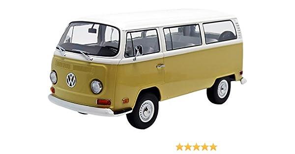 Volkswagen Type 2 >> 1971 Volkswagen Type 2 Bus T2b Yellow 1 18 By Greenlight 19012
