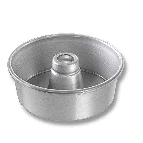 Chicago Metallic Bakeware Glazed Alum. #650 Angel Food Tube Cake Pan (Chicago Metallic Angels Non Stick Pan)