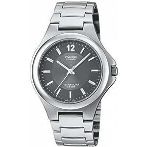 Casio LIN-163-8AVEF - Reloj para mujeres, correa de acero inoxidable color gris