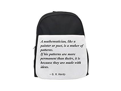 Un matemático, como un pintor o poeta, es un fabricante de patrones.