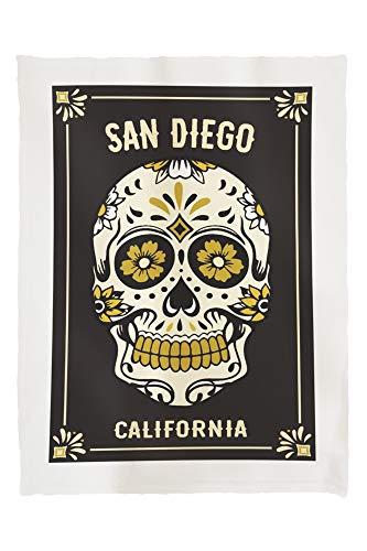 San Diego, California - Day of The Dead - Sugar Skull and Flower Pattern 88272 (60x80 Poly Fleece Thick Plush Blanket) (San Diego & Crate Barrel)