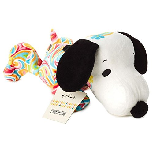 Hallmark Peanuts Flower Power Snoopy Stuffed Animal PAJ1181 ()
