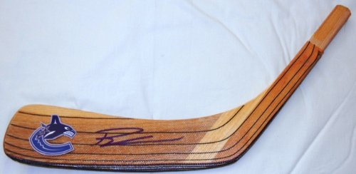 (Ryan Kesler Autographed Vancouver Canucks Logo Stick Blade W/PROOF, Picture of Ryan Signing For Us, Vancouver Canucks, Team USA, Stanley Cup)