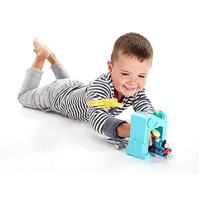 Fisher-Price Thomas & Friends Adventures, Robot Thomas 'n a Box: Toys & Games