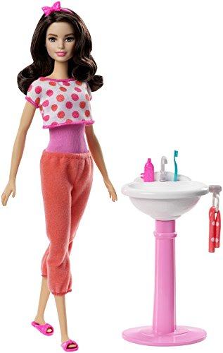 Barbie FPR56 Brunette Bathroom Sink Doll