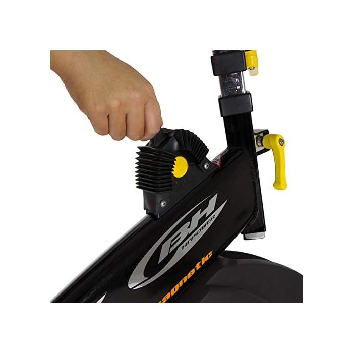 41lpdnDopeL Volante inercia de 20kg para un pedaleo estable. Freno magnético con selector de 16 niveles y freno de emergencia Monitor LCD multifunción retroiluminado. Muestra RPM, tiempo, calorías, distancia, vatios y pulso.