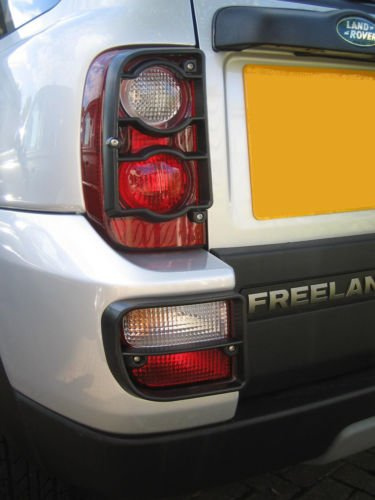 LAND ROVER FREELANDER 2004-2006 REAR LIGHT GUARDS SET OF 4 GUARDS VUB501400