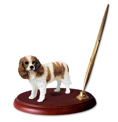 King Charles Cavalier Figurine (Cavalier King Charles Spaniel Brown & White Pen Set)