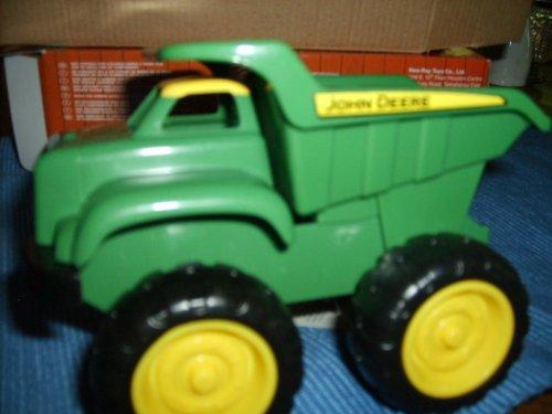 """John Deere ERTL 6"""" Dump Truck with Tipping Dumping Bed"""