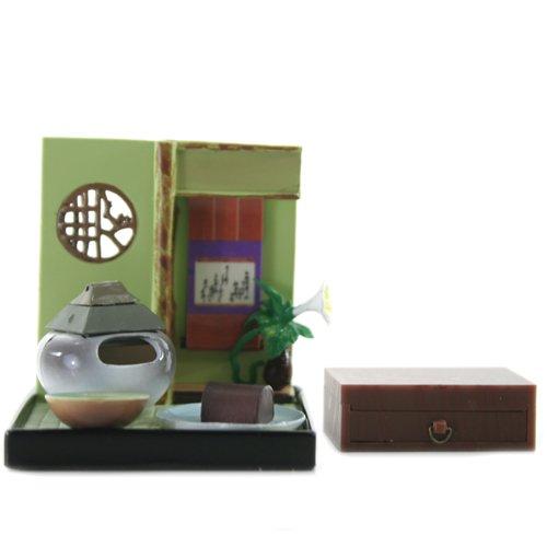 """Wa no Takumi Tea Room Mini Furnature Trading Figure - Indoor Backdrop - White Vase with Roof (2"""" Scene)"""