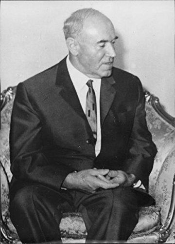 Old-time photo of Portrait of Paul Schultz.