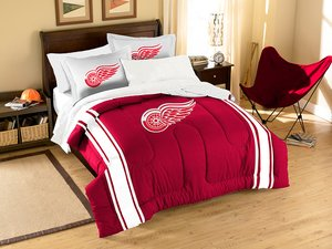 The Northwest Company NHL Detroit Red Wings Applique Comforter with Pillow Shams, Twin/Full, Multi-Colored