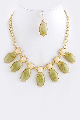 KARMAS CANVAS DIAMOND JADE NECKLACE SET (Olive)