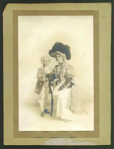 Lester Martin & Mother in costume photo 1910s -