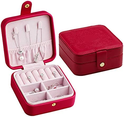 旅行のためのミニジュエリーボックスオーガナイザーフェイクレザー、ジュエリーボックス、リング、ブレスレット、イヤリング、ネックレス、ベルベットの裏地(赤)