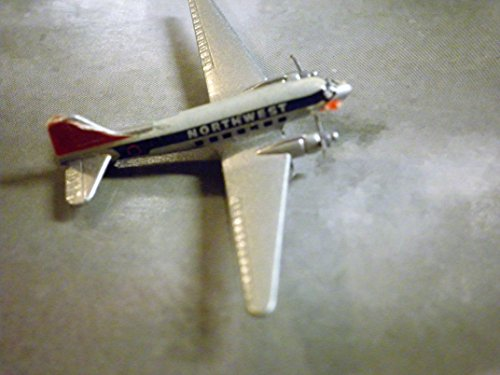 NORTHWEST Airlines Douglas DC-3 Plane 1:600 Scale Die-cast