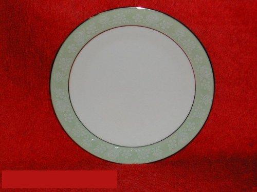 Noritake Vienne #6885 Salad Plates ()