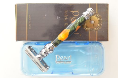 Pearl Butterfly Safety Razor, Dark Green with Gold Spots