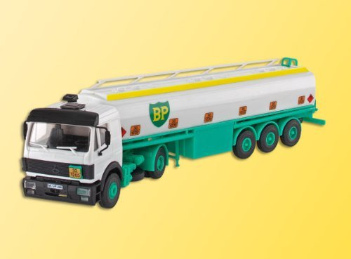 H0 MB ACTROS 2 axle tanker BP by Kibri (Tanker Axle)