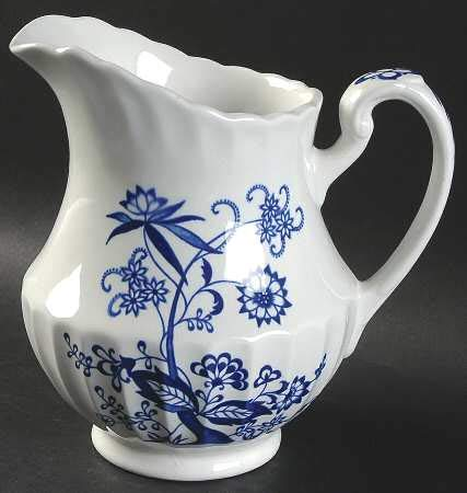 - Vintage J & G Meakin England Classic White Blue Nordic Pattern 6 3/4