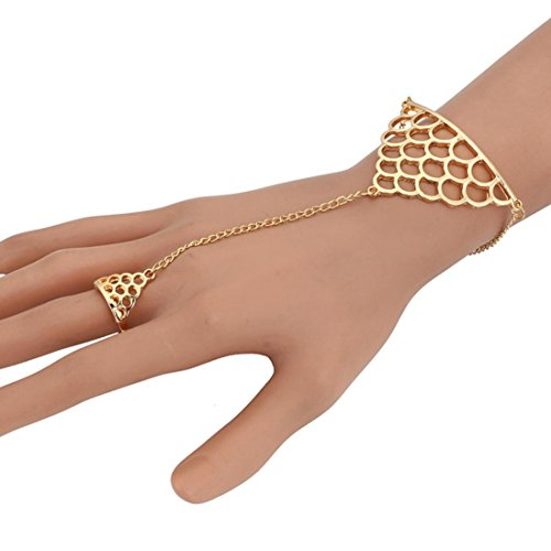 Molyveva Boho Fashion Hollow Bracelet Slave Finger Ring Hand Harness Bohemian Vintage Charm Bracelet (Gold)