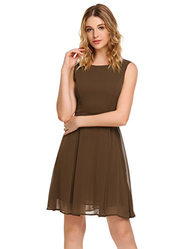 Feminines kleid aus zartem chiffon