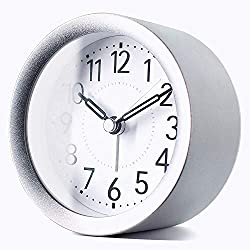 TXL 4 inch Round Silent Sweep Analog Alarm Clock Non Ticking, Gentle Wake, Beep Sounds, Increasing Volume, Battery Operated Snooze and Light Functions, Easy Set Small Desk Clock, Silver