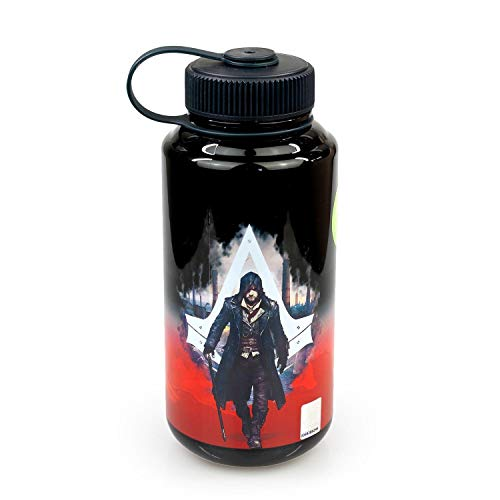 Assassin's Creed OFFICIAL Limited Edition Fitness and Parkour Training Water Bottle, 28oz (BPA-Free)
