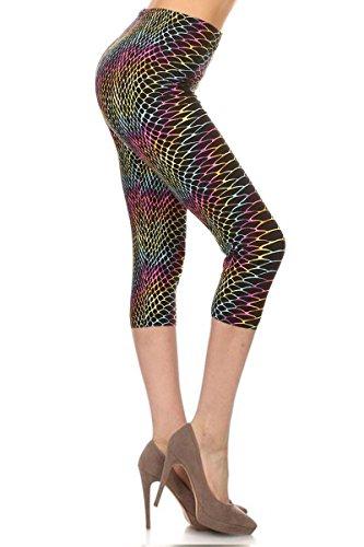 (R681-CA-PLUS Rainbow Scales Capri Printed Leggings, Plus Size)
