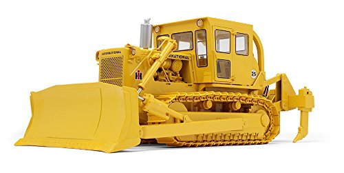 (First Gear 1/25 Scale Diecast Collectible International TD-25 Dozer with Enclosed Cab and Ripper (#49-0397))