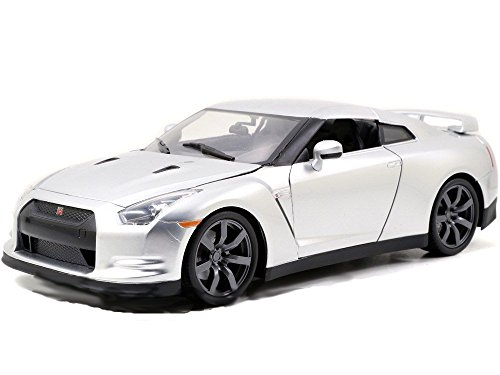 Jada Toys Fast & Furious Nissan GT-R 1:18 Diecast Vehicle, Silver