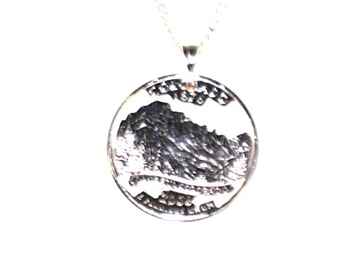 Hand Cut Colorado State Quarter Mounted with a Bale and 24 Inch Silver Tone Chain (Mounted Bale)