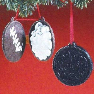 Oreo Chocolate Sandwich Cookies 1988 Hallmark Ornament Qx4814