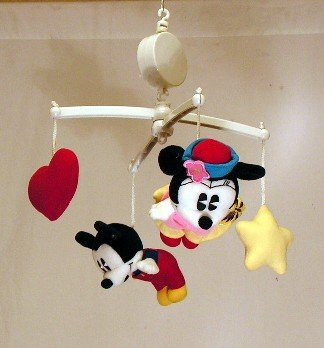 Musical Mobile Disney (Crown Crafts Disney Musical Mobile Mickey & Minnie)