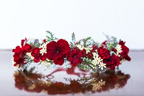 Red Berries Christmas Flower Crown - Photography Prop - Wire flower halo - Crown - Princess - Wedding Flower Crown - Cream Birthday Crown - Holiday Halo