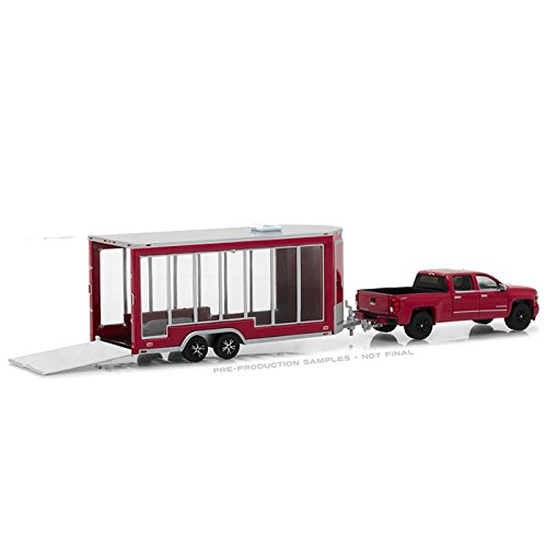 Greenlight 1:64 Hitch & Tow Series 12 2016 Chevrolet Silverado and Glass Display Trailer Diecast Vehicles