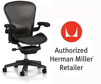 Amazon.com: Herman Miller Aeron Chair Basic Classic Carbon ...