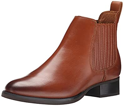 Amazon.com | Ariat Women's Weekender Short Boot | Ankle & Bootie