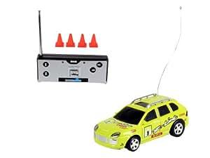 Revell - Mini coche VI con radiocontrol, color verde (23525)