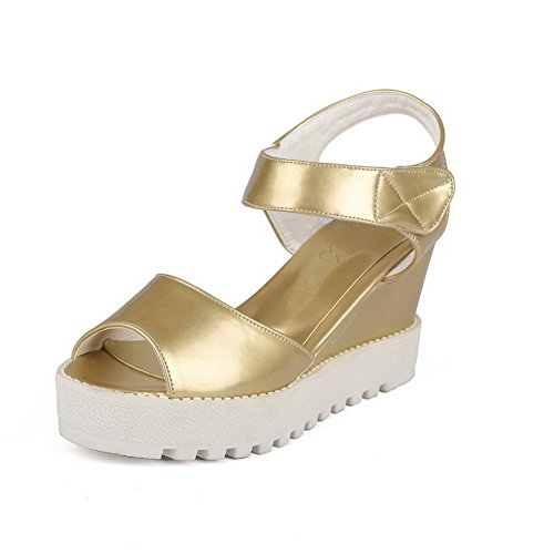 AllhqFashion Women's Hook and Loop Pu Open Toe High Heels Solid Platforms & Wedges Gold