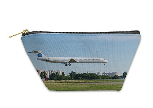 Gear New Accessory Zipper Pouch, Airplane Landing At International Airport, Large, 5883268GN
