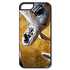 IPhone 5 Covers, Baby Green Sea Turtle Cases For IPhone 5 - White/black Hard Plastic