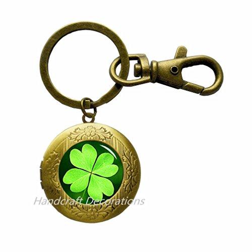 Four Leaf Clover Locket Keychain,Clover Locket Keychain,Good Luck Locket Keychain, Christmas Gift,Four Leaf Clover Locket Keychain - Lucky 4 Leaf Clover Charm Gift.F078 -