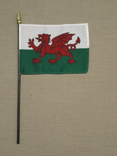 Wales Hand Held Desk Table Top Polyester Flag 4″ X 6″ on 10″ Black Plastic Staff with Gold Spear Tip (12 Pack) Review