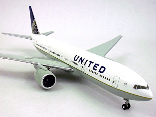 boeing-777-200-united-continental-1-200-scale-model