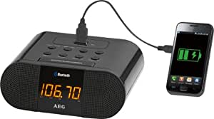 AEG MRC 4132 - Radiodespertador de 10 W (FM, pantalla LED, USB, 3.5 mm), negro