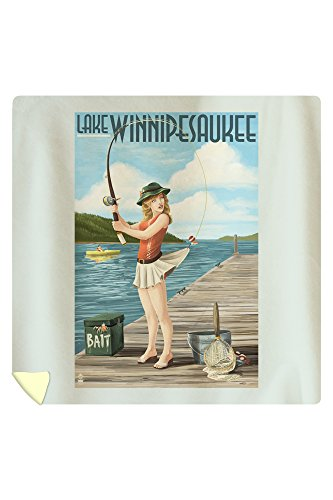 Lake Winnipesaukee, New Hampshire - Pinup Girl Fishing 37093 (88x88 Queen Microfiber Duvet Cover)