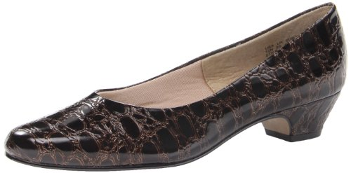 Soft Style Women's Angel II Dress Pump,Dark Brown Patent Croco,6 W ()
