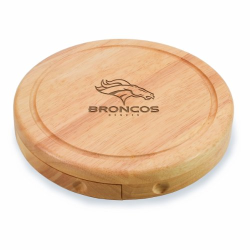 Picnic Time Brie Engraved Board