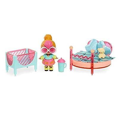 L.O.L. Surprise! Furniture Bedroom with Neon Q.T. & 10+ Surprises, Multicolor: Toys & Games